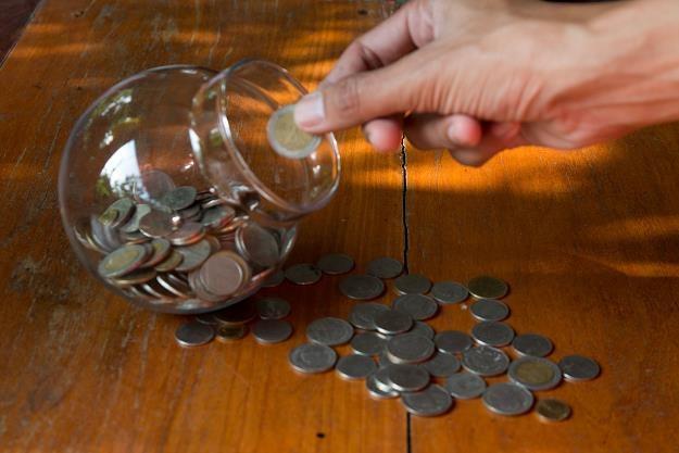Inwestorzy zmuszeni są szukać zysku w coraz bardziej niekonwencjonalnych miejscach /©123RF/PICSEL