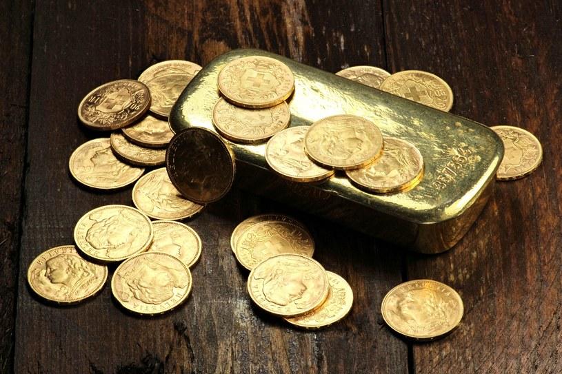 Inwestowanie w złoto i srebro przynosi niezłe zyski /123RF/PICSEL