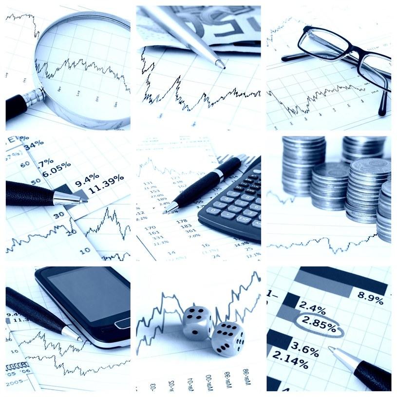 Inwestycja w obligacje może być sposobem na pomnażanie oszczędności, w tym także emerytalnych /123RF/PICSEL