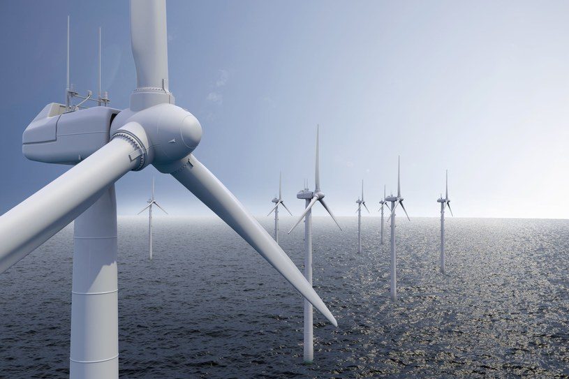 Inwestycje w morskie farmy wiatrowe toczą się nie tylko w Polsce, ale i na całym świecie. /123RF/PICSEL