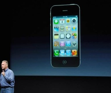 iPhone 4S - nowy iPhone i nowy system