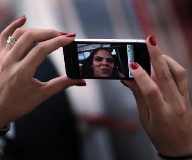 iPhone 5 ma problemy z panelami dotykowymi?