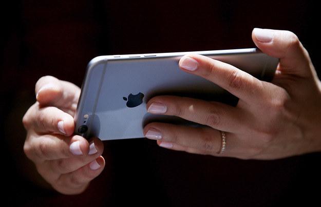 iPhone otrzyma czujnik powietrza? /AFP