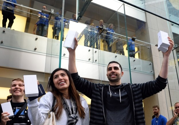 iPhone rządzi u siebie /AFP