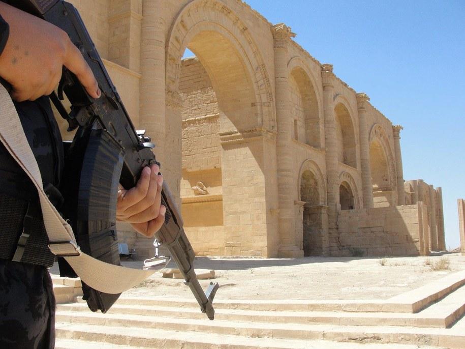 Irak: Kara śmierci dla bojownika IS za niszczenie zabytków w Mosulu /Yaser Jawad /PAP/EPA