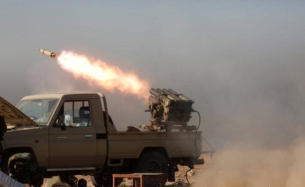 """Irak: """"Katiusze"""" wystrzelone w Zieloną Strefę. Dwie uderzyły w pobliżu ambasady USA"""