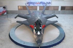 Iran zaprezentował myśliwiec Qaher F-313