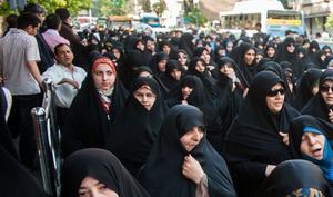Iran: Zatrzymano 29 kobiet. Zdjęły hidżab w miejscu publicznym