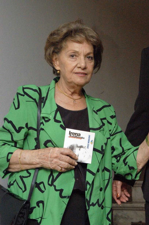 Irena Dziedzic została pochowana ponad dwa miesiące po śmierci /Tricolors /East News