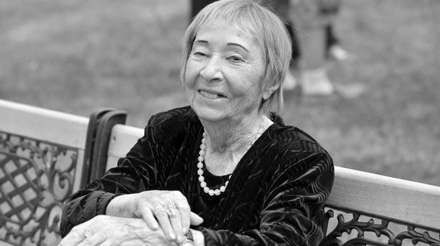 """Irena Kwiatkowska podczas konferencji prasowej filmu """"Jeszcze nie wieczór"""", 2009 rok /AKPA"""