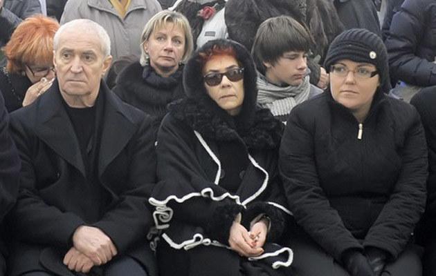 Irenę Jarocką żegnali m.in. mąż Michał Sobolewski (L) i córka Monika (P) /Jan Bielecki /East News