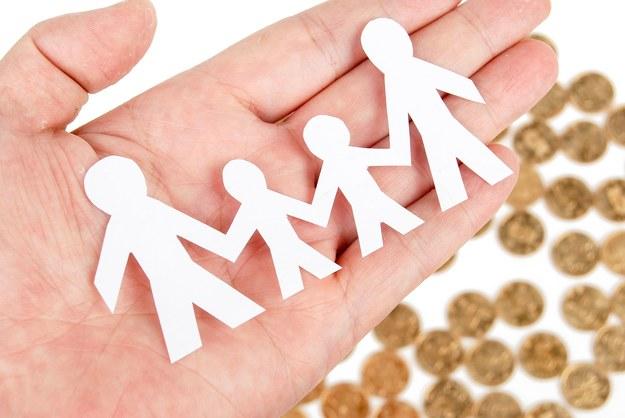 Sprawdzone sposoby na zarabianie przez Internet będąc w domu z dzieckiem