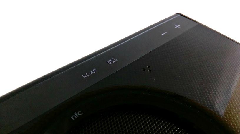 iRoar wyposażono w panel dotykowy - z jego poziomu można nawet przełączać utwory, co jest bardzo przydatną funkcją /INTERIA.PL