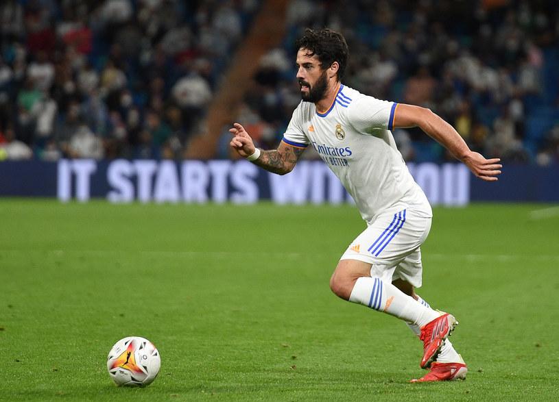 Isco odrobinę odżył pod rządami Carlo Ancelottiego w Realu Madryt. Nie wiadomo jednak, czy nie są to już ostatnie chwile zawodnika w Realu /Denis Doyle / Contributor /Getty Images