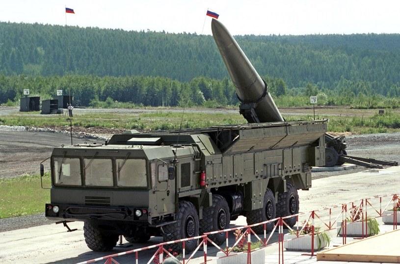 """""""Iskandery mają być mocną odpowiedzią Rosji na plany Departamentu Stanu USA"""" /East News"""