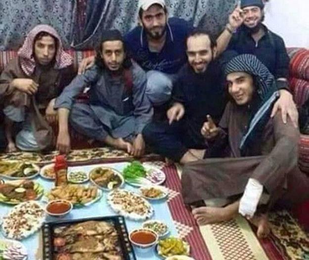 Islamiści chętnie chwalą się swym dobrobytem (zdjęcie ilustracyjne) /Twitter