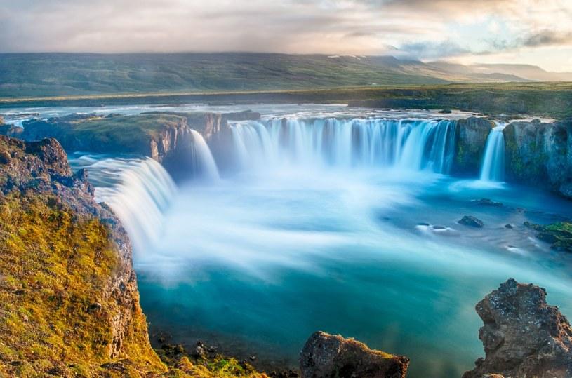 Islandia kusi podróżników zapierającymi dech w piersiach krajobrazami /123RF/PICSEL
