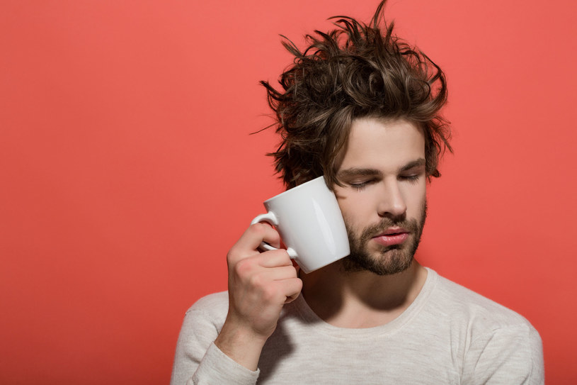 Istnieje wiele czynników, które mogą wpływać na jakość snu i powodować bezsenność /123RF/PICSEL