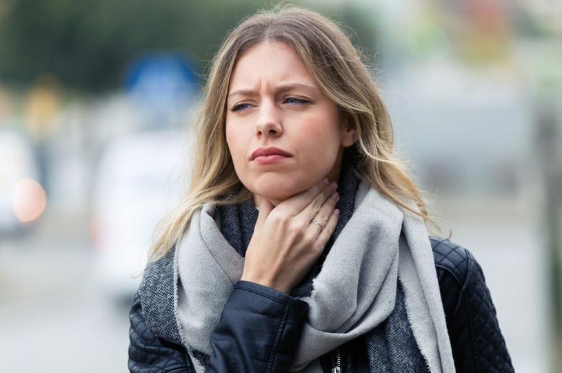 Istnieje wiele powodów bólu podniebienia /123RF/PICSEL