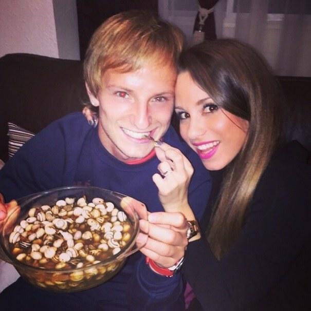 Ivan Rakitić z żoną podczas posiłku /Instagram