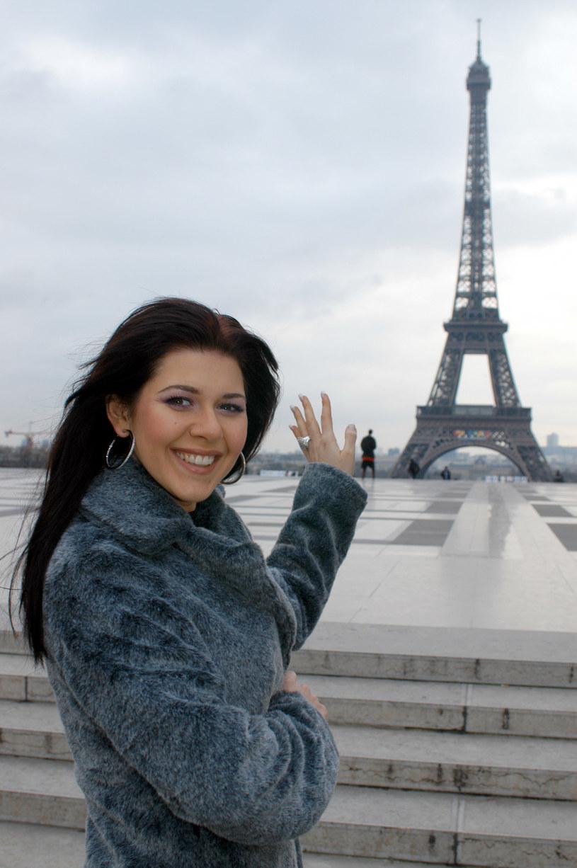 Iwona chce wrócić do wagi sprzed 10 lat. Na zdjęciu w Paryżu w 2005 roku /Zawada /AKPA