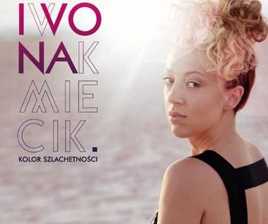 """Iwona Kmiecik debiutuje! (płyta """"Kolor szlachetności"""")"""