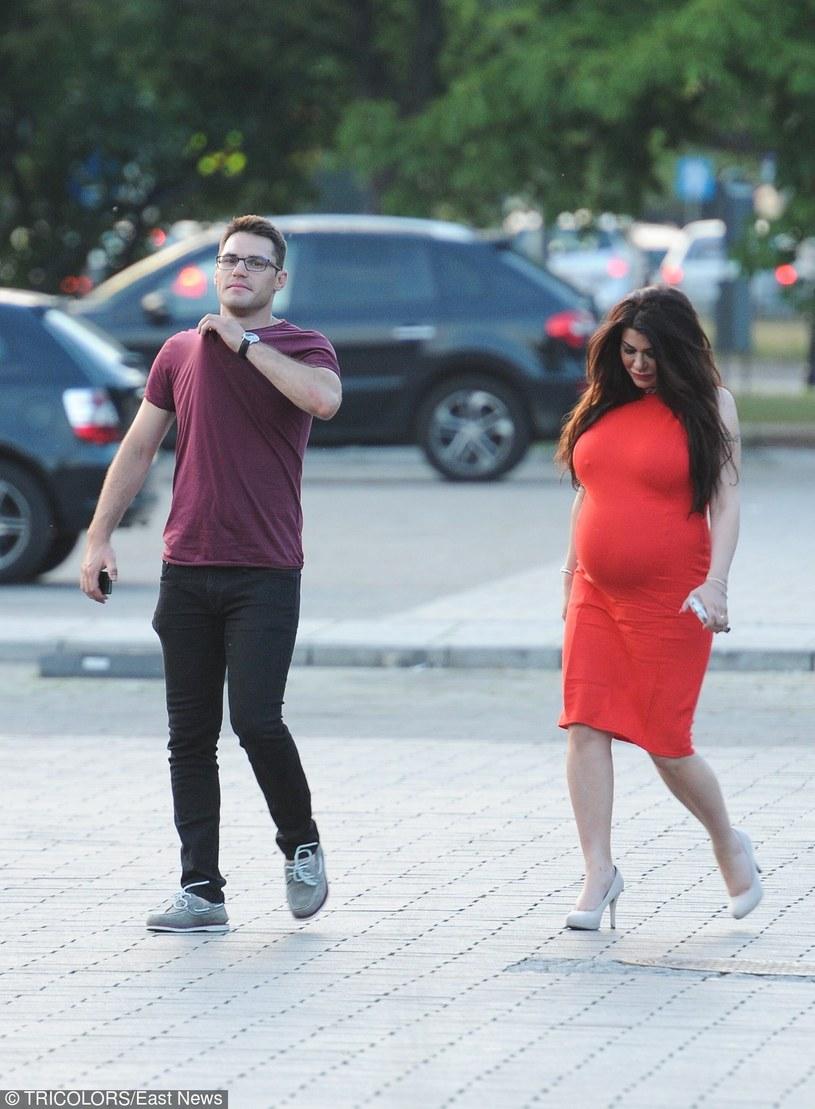 Iwona z ukochanym przed porodem /- /East News