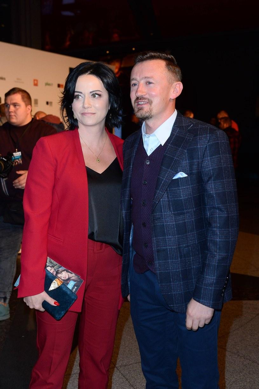 """Izabela i Adam Małyszowie na premierze filmu """"(Nie)znajomi"""" /Tricolors /East News"""