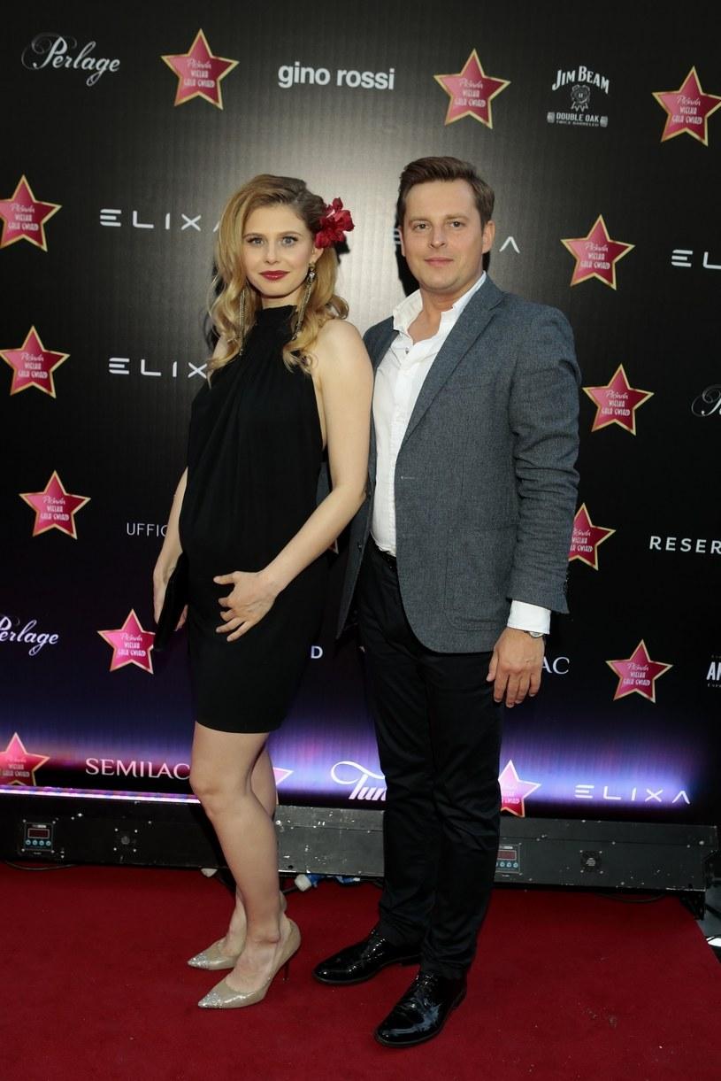 Izabela Zwierzyńska z partnerem /Jankowski /East News