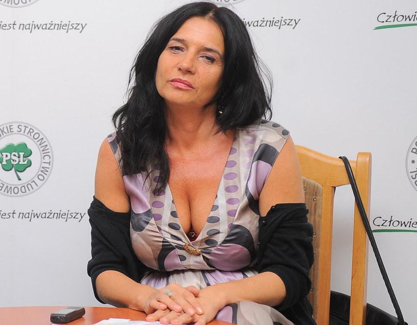 Izabella Jarska jest dziennikarką /Piotr Wygoda /East News