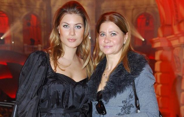 Izabella Kisio-Skorupa z córką Izą /East News