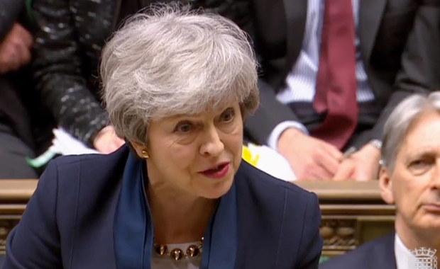 Izba Gmin przyjęła ustawę zmuszającą premier May do opóźnienia brexitu