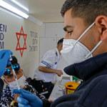 Izrael. Ekspert mówi czwartej dawce szczepionki