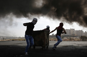 Izrael: Żołnierze zastrzelili palestyńskich nożowników