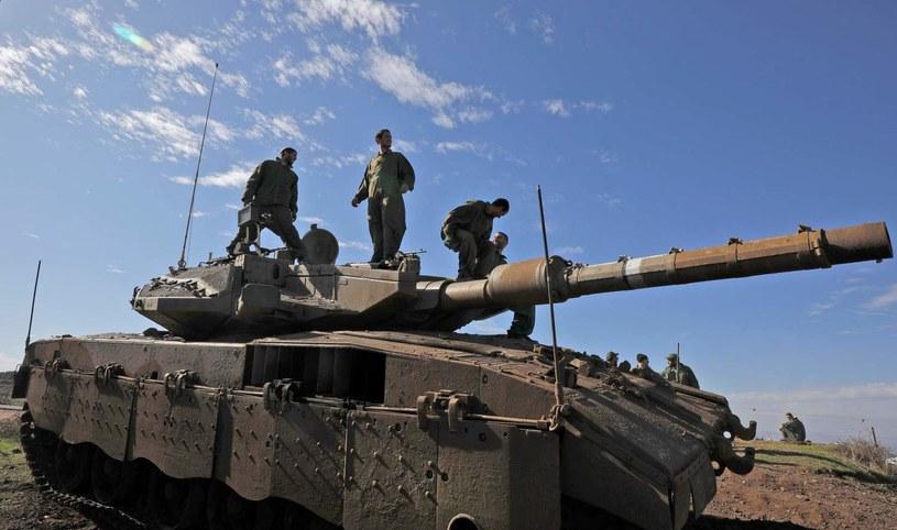 Izraelscy żołnierze na granicy z Syrią /AFP