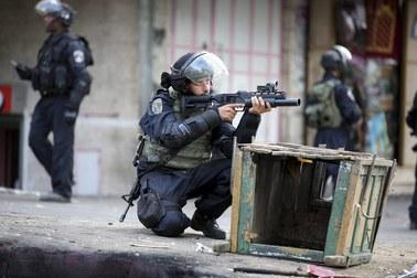 Izraelska para zastrzelona na Zachodnim Brzegu. Małżeństwo zginęło na oczach dzieci