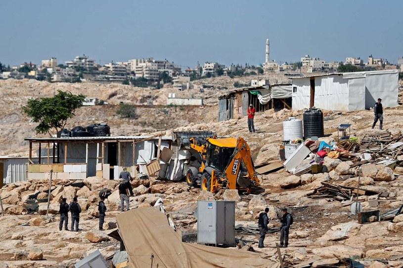 Izraelska policja zabezpiecza niszczenie wioski Abu Nuwar /AFP