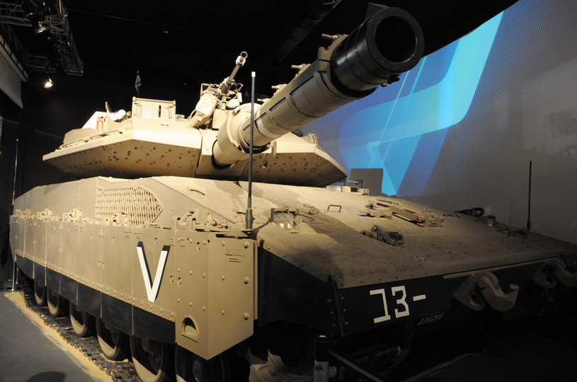 Izraelski czołg Merkava 4 /AFP
