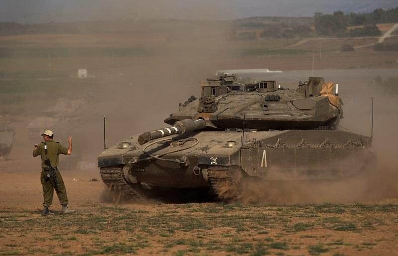 Izraelskie wojsko przy granicy ze Strefą Gazy /ATEF SAFADI  /PAP/EPA