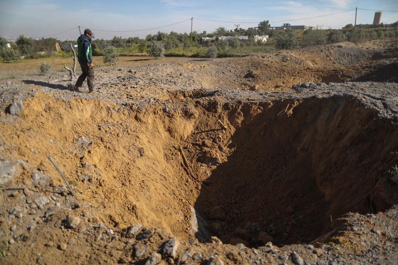 Izraelskie wojsko zniszczyło dwa tunele w Strefie Gazy /MAHMUD HAMS /AFP