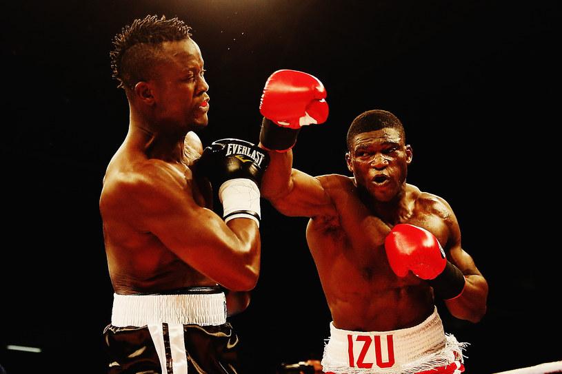 Izuagbe Ugonoh (z prawej) w walce z Ibrahimem Labaranem /Hannah Peters /Getty Images