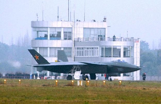 J-20 na lotnisku /AFP