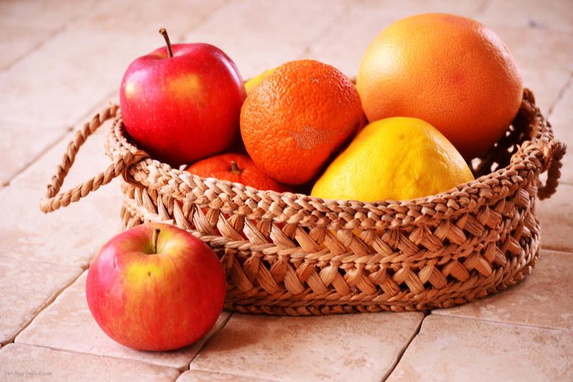 jabłka i grejpfruty /© Photogenica