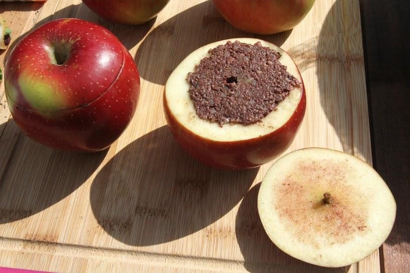 Jabłka z kaszanką to porpozycja na grilla Ewy Wachowicz /archiwum prywatne
