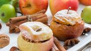 Jabłka zapiekane z kaszą manną