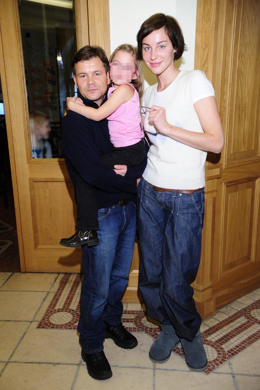 Jacek Braciak z Mają i córką kilka lat temu /Michał Wargin /East News