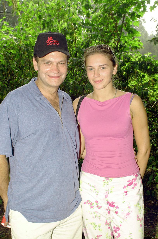 Jacek Chmielnik z córką Julią w 2003 roku /AKPA