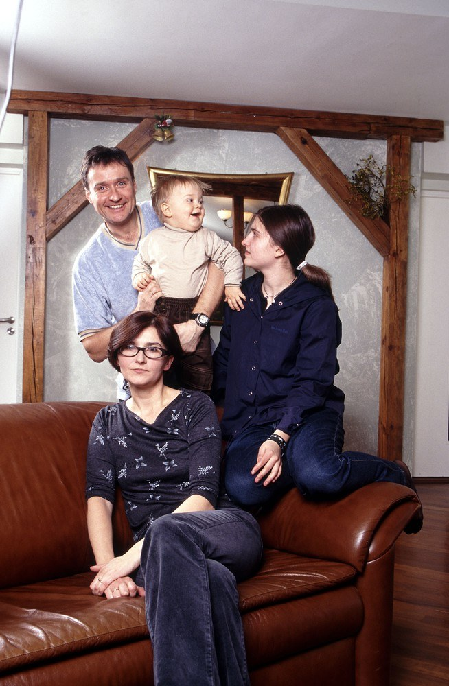 Jacek Kawalec z żoną Joanną i dziećmi: Kaliną i Kajetanem /Hetmanek /Reporter