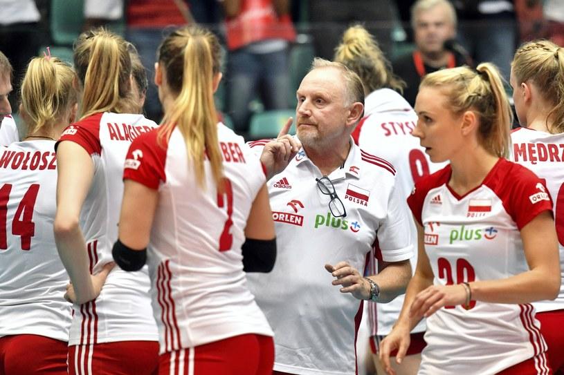 Jacek Nawrocki przekazuje uwagi podczas meczu z Serbią /Jan Karwowski /PAP