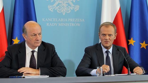 Jacek Rostowski (L) i Donald Tusk firmują zamach na OFE /PAP